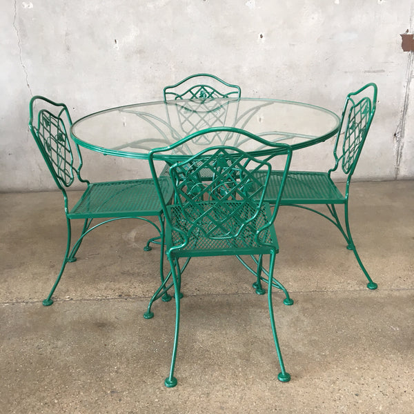 Iron Patio Set with Ivy Pattern
