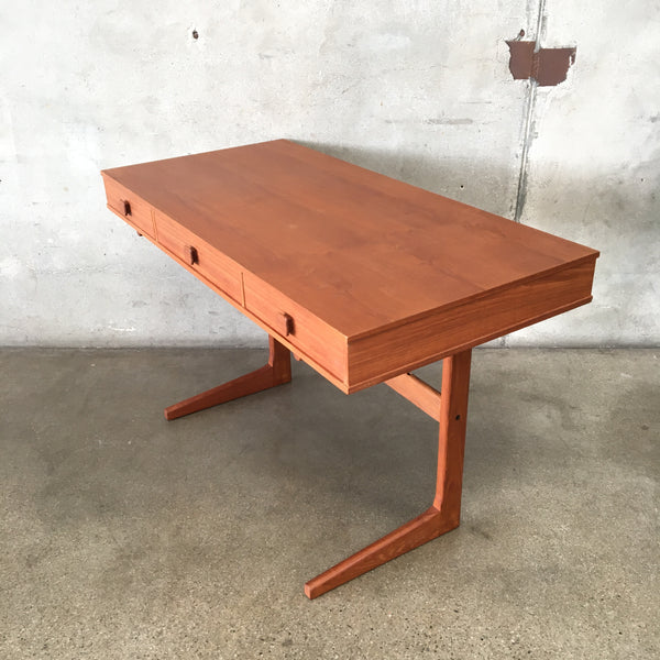 Danish Modern Cantilever Floating Teak Desk by Georg Petersens Møbelfabrik