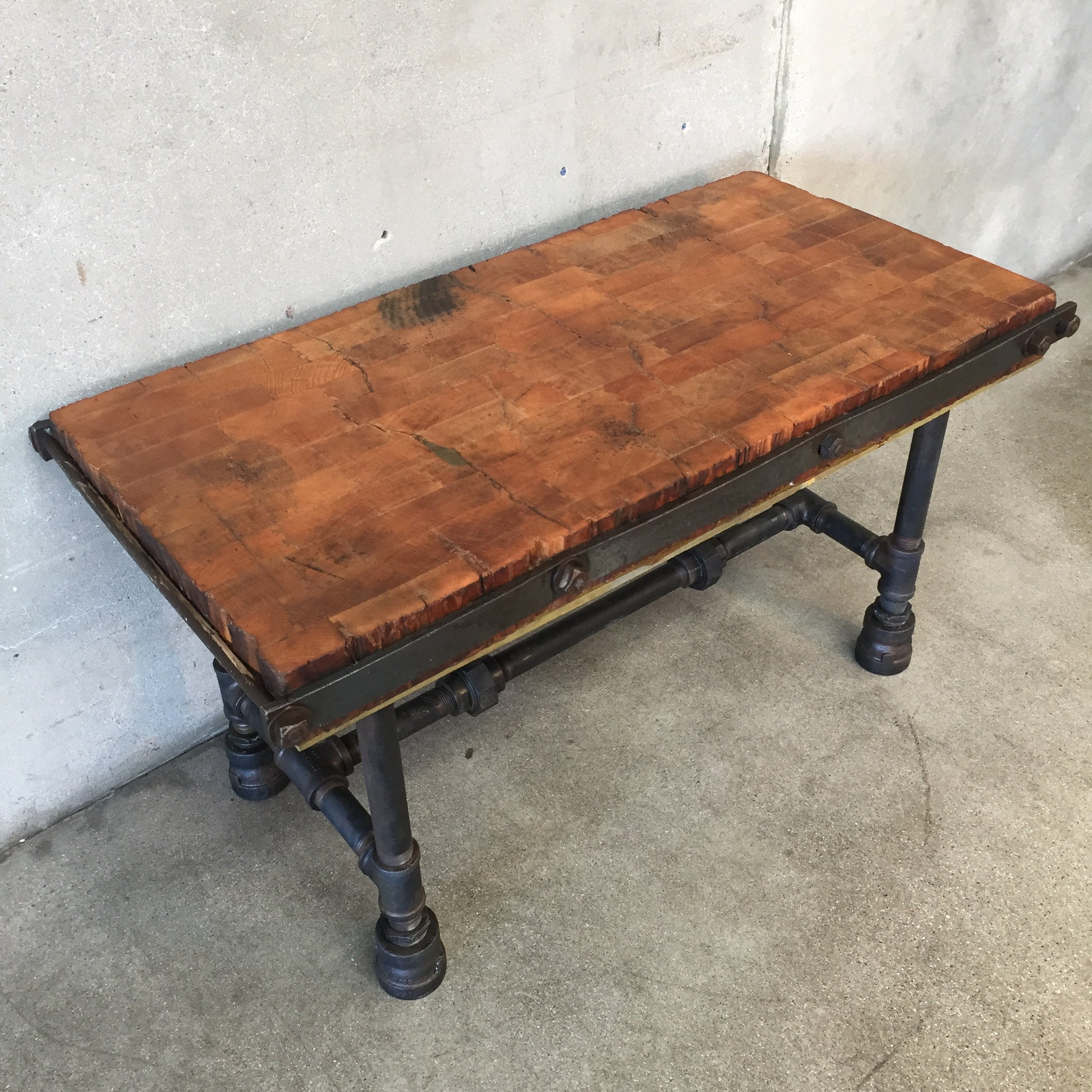 Repurposed Cutting Block Coffee Table – UrbanAmericana