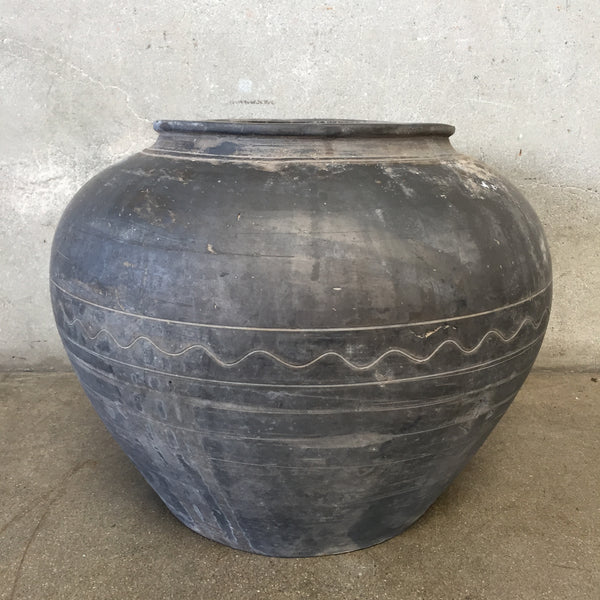 Wabi Sabi Black Pot