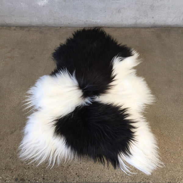 New Black & White Spotted Icelandic Sheepskin