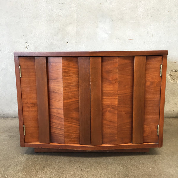 Vintage 1973 Lane Two Door Square Coffee Table
