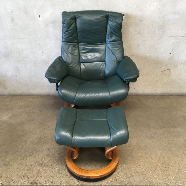 Mid Century Modern Ekornes Stressless Large Leather Recliner With Ottoman