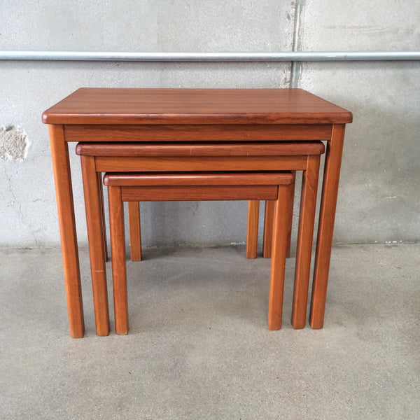 Mid Century Modern Nesting Tables