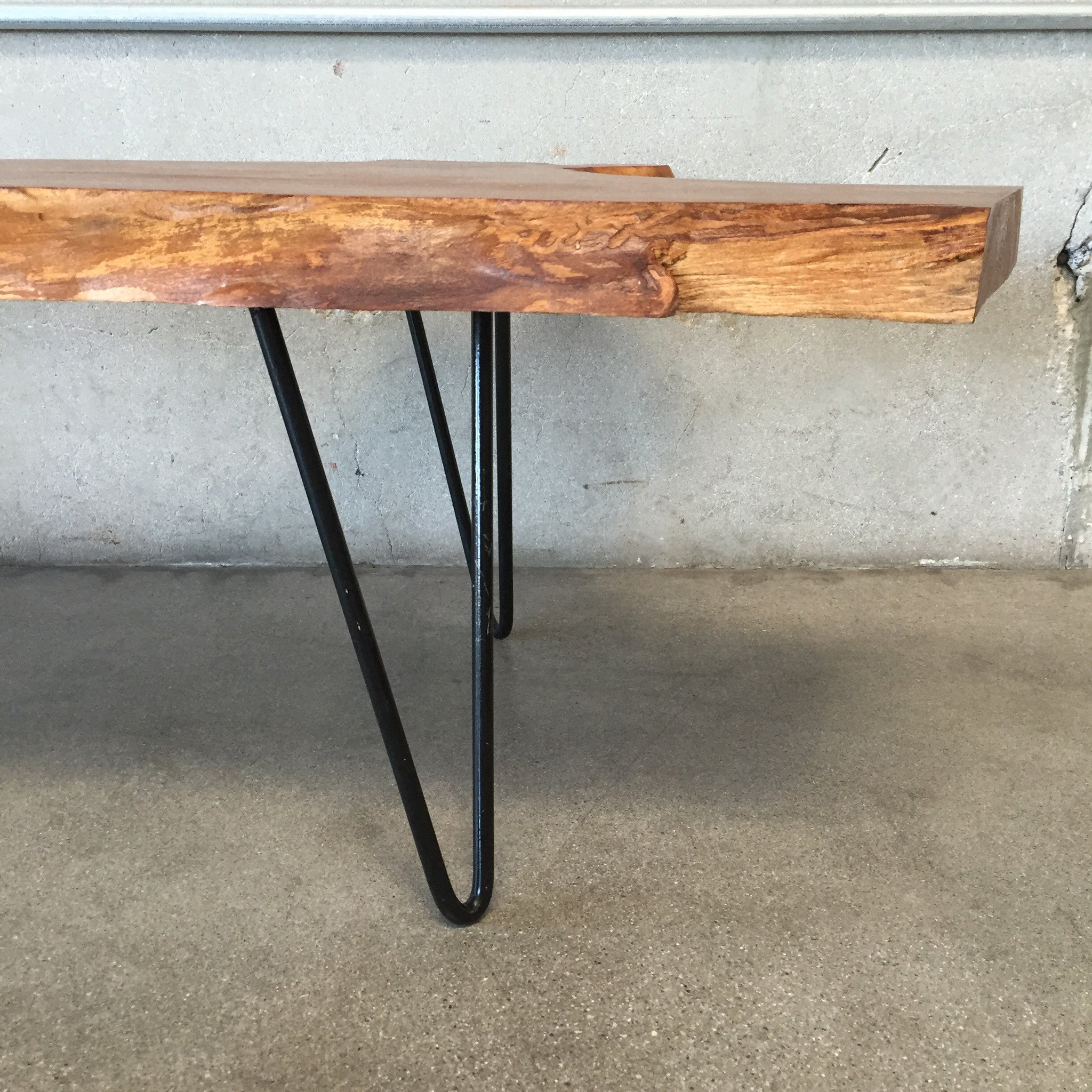 Burl Wood Coffee Table with Hairpin Legs – UrbanAmericana