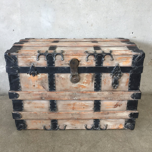 1920's Vintage Steamer Trunk