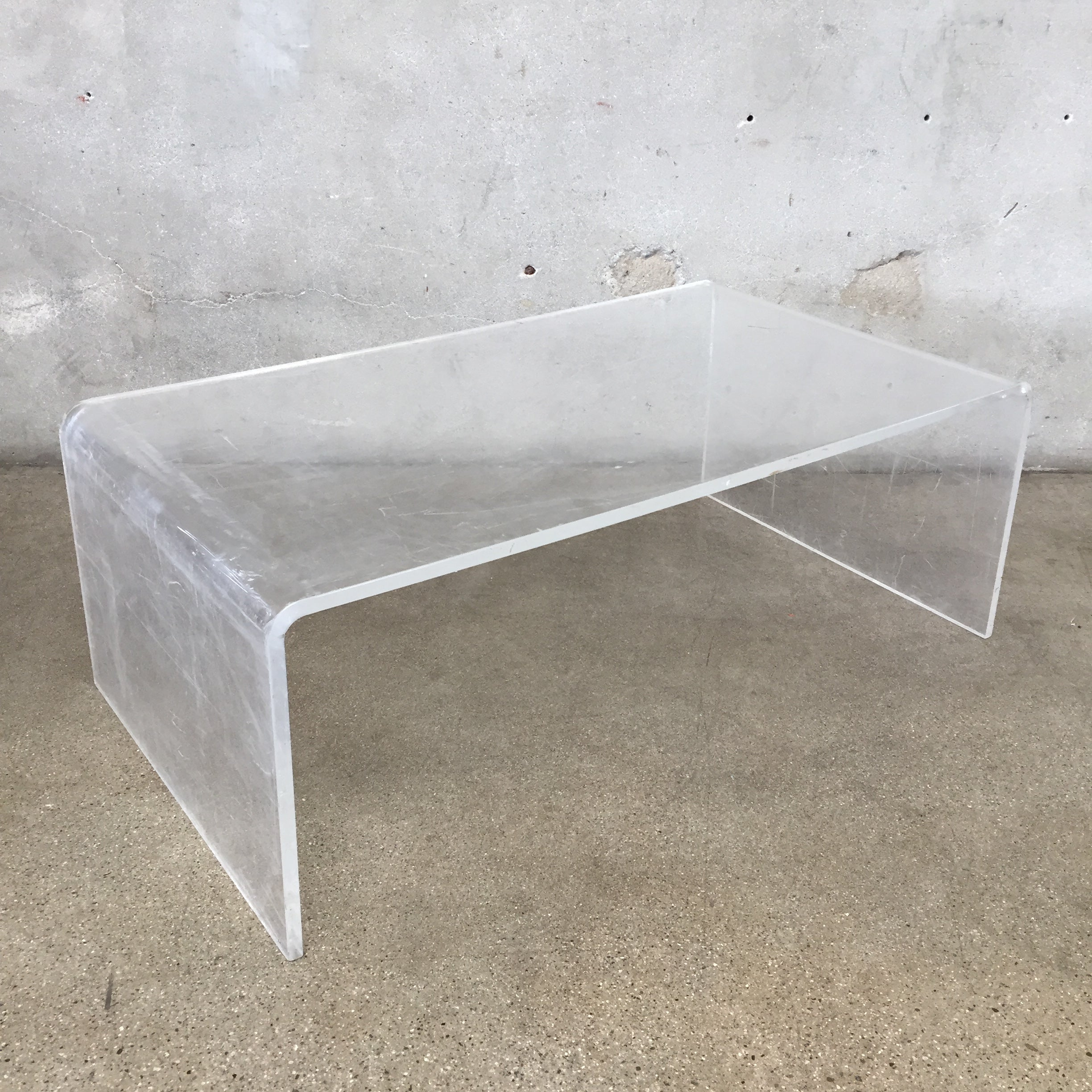 round inch fabulous tables square cool g coffee table lucite
