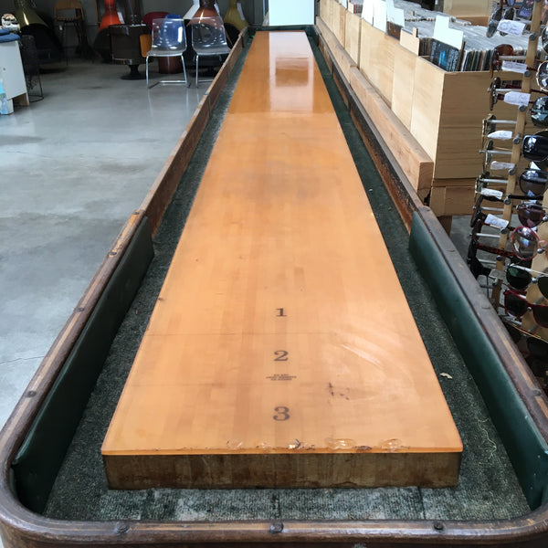 Vintage American Shuffleboard Table with Scoreboard *RARE*