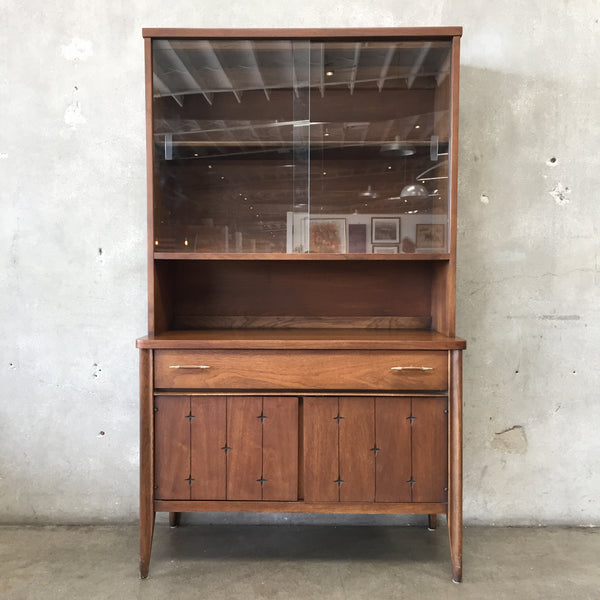 Mid Century Broyhill Premier China Cabinet