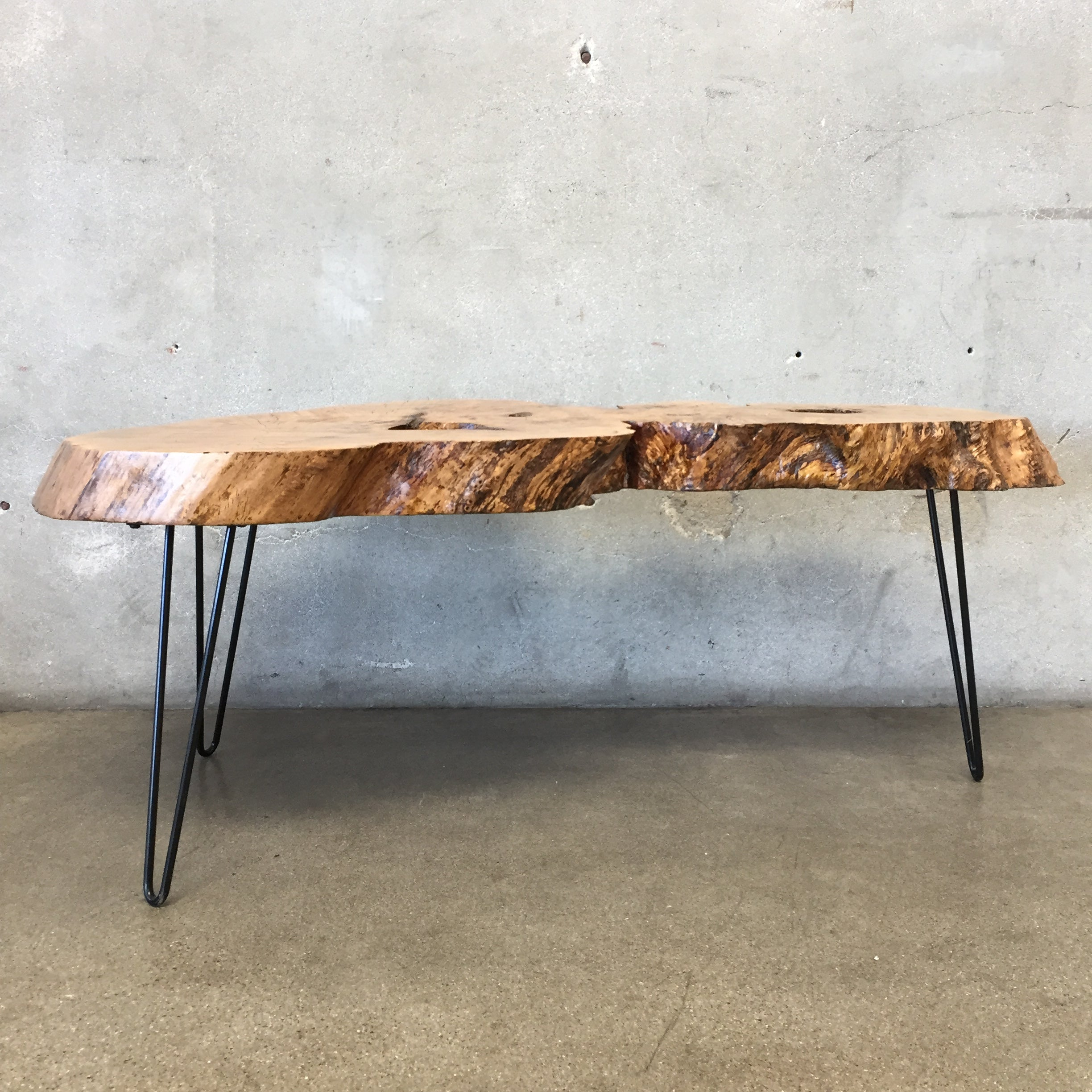 Live Edge Wood Coffee Table – UrbanAmericana
