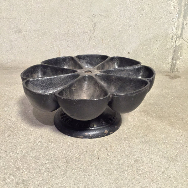 Star Cast Iron Nail Cup