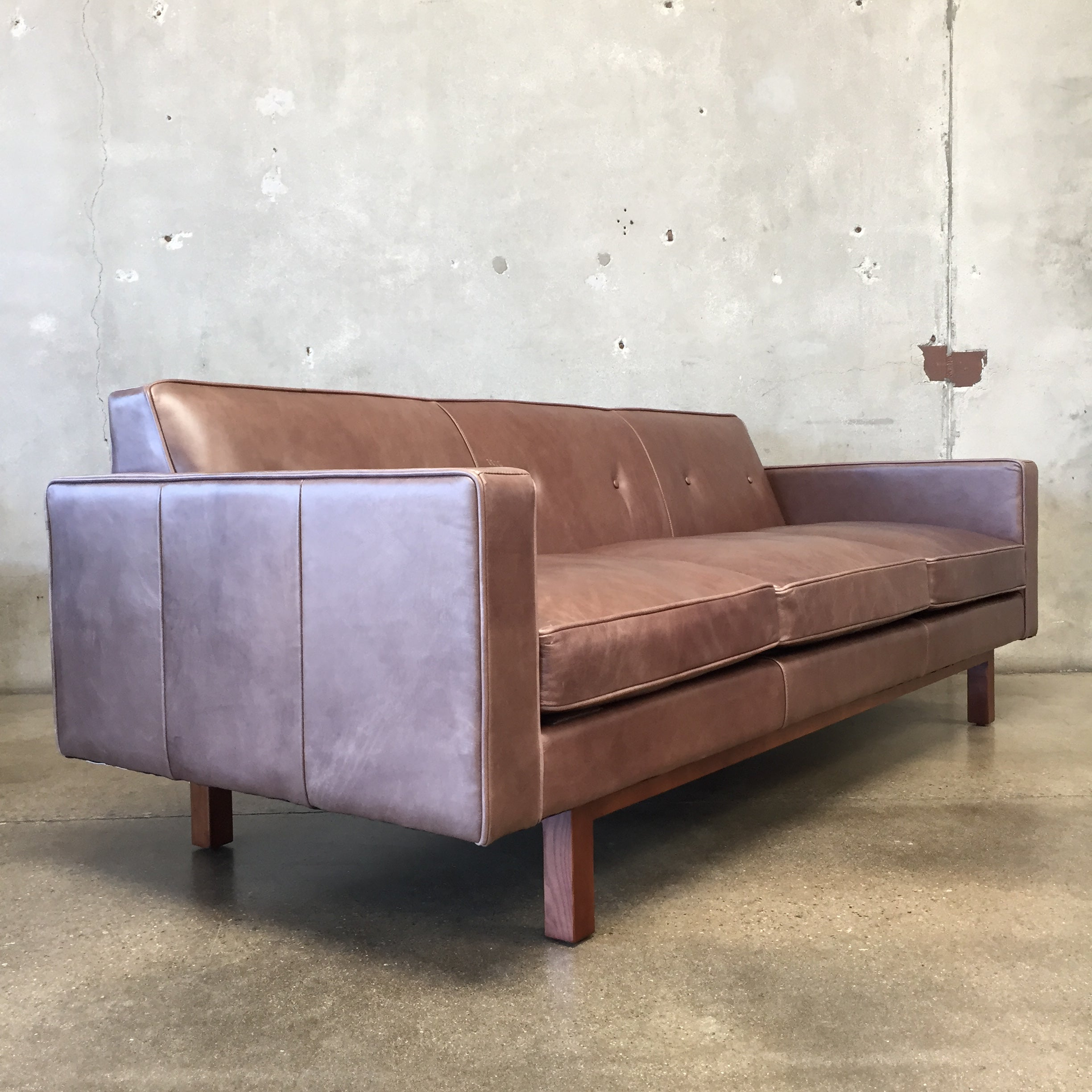 Strange Embassy Leather Sofa By Gus Modern Ibusinesslaw Wood Chair Design Ideas Ibusinesslaworg