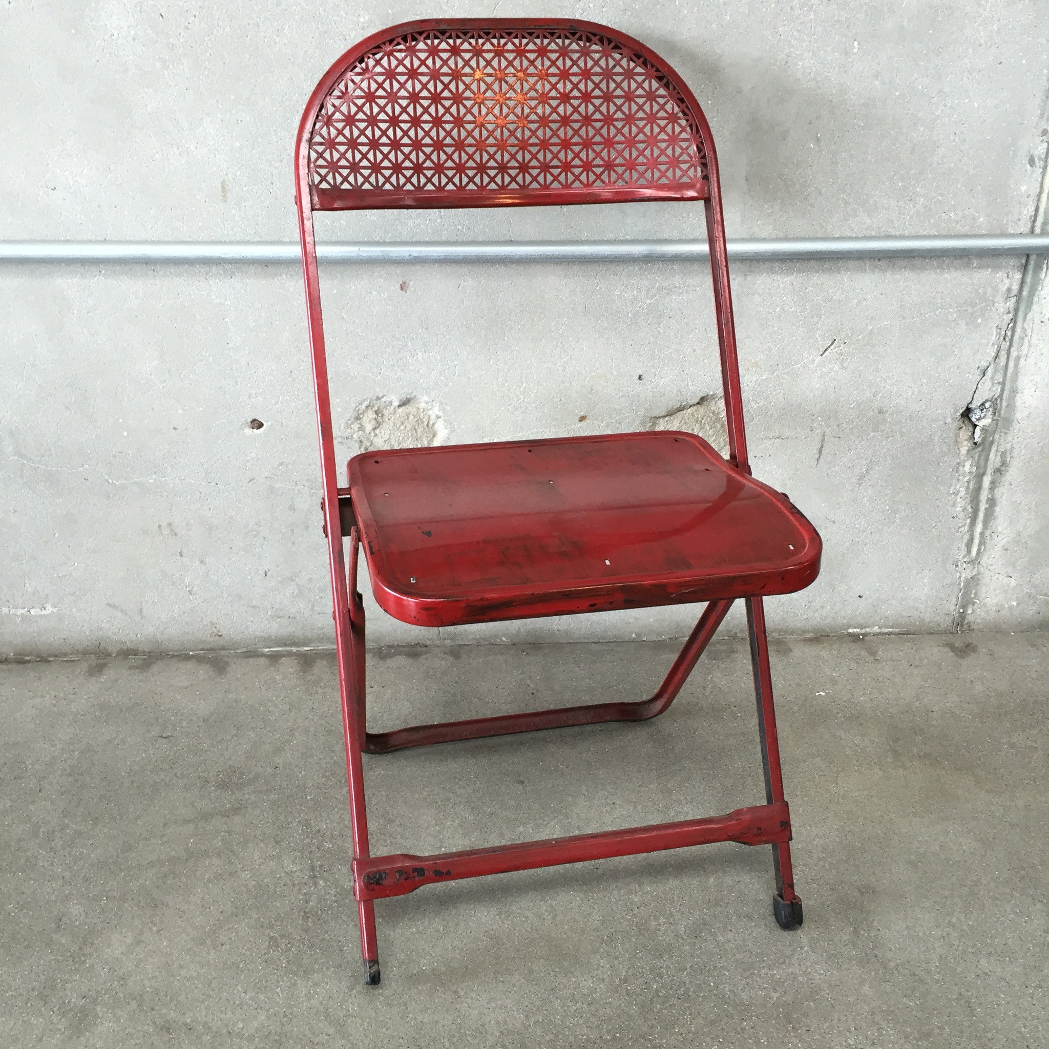 Vintage Red Metal Folding Card Table and 4 Chairs – UrbanAmericana