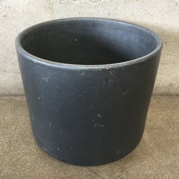 Mid Century Pot Black Small