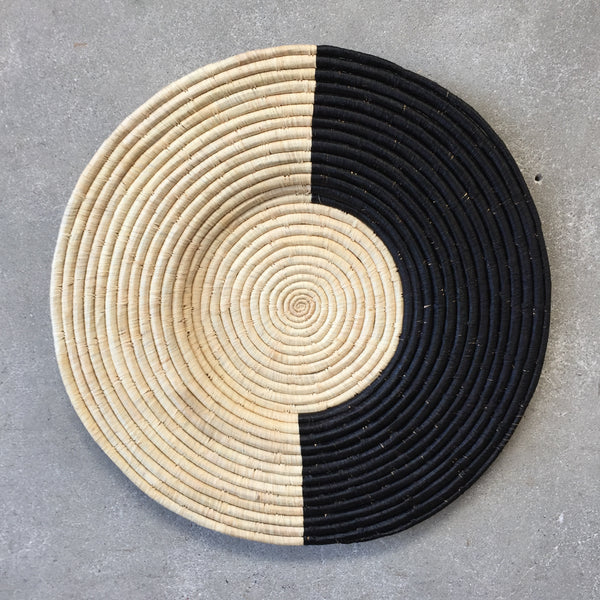 Black and Natural African Raffia Plate