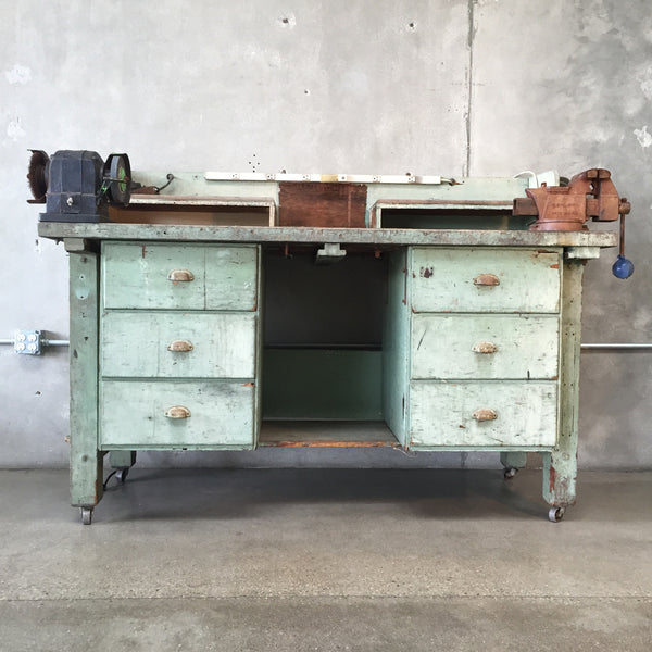 Green Work Bench with Grinder & Vice