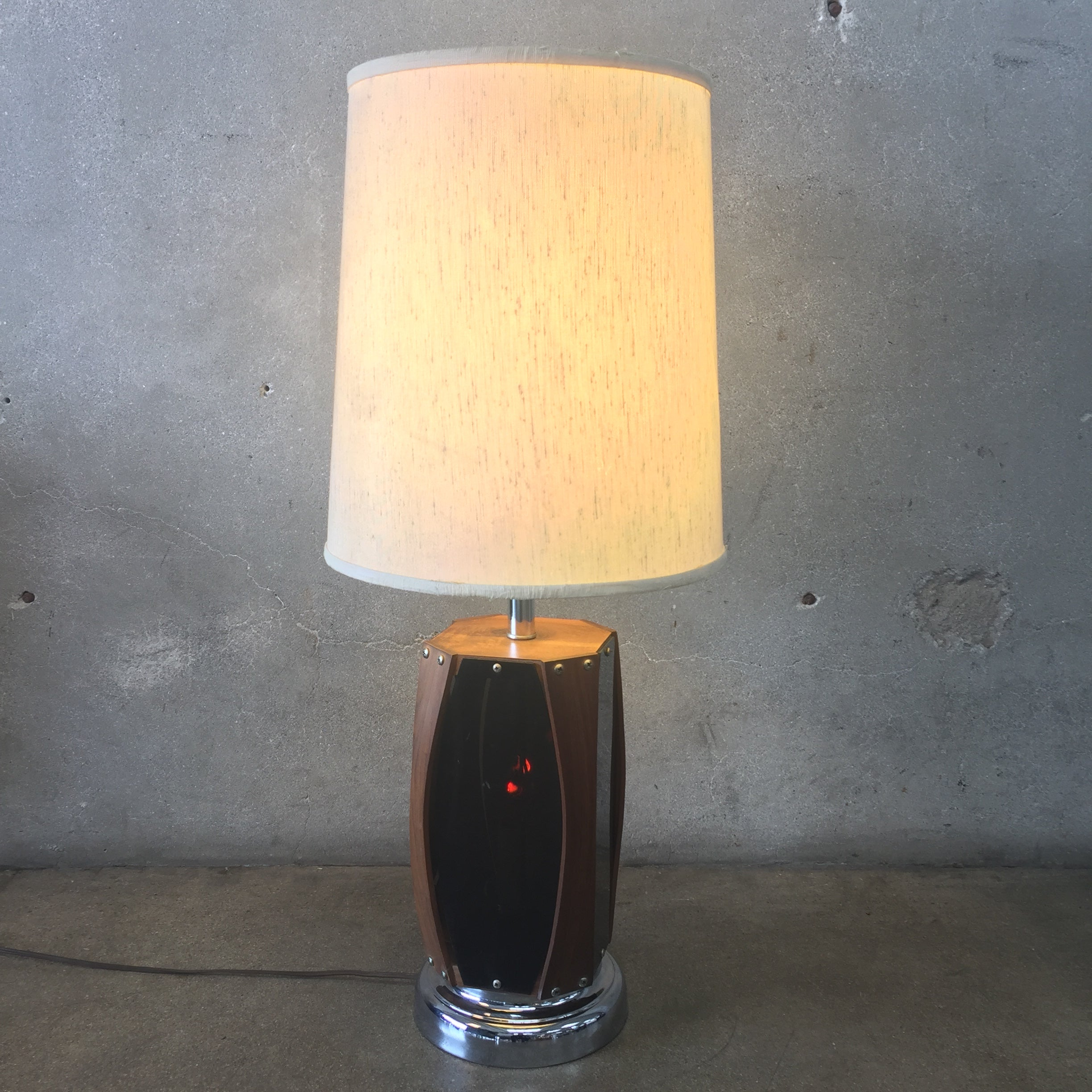 Mid century modern walnut table lamp urbanamericana mid century modern walnut table lamp geotapseo Image collections