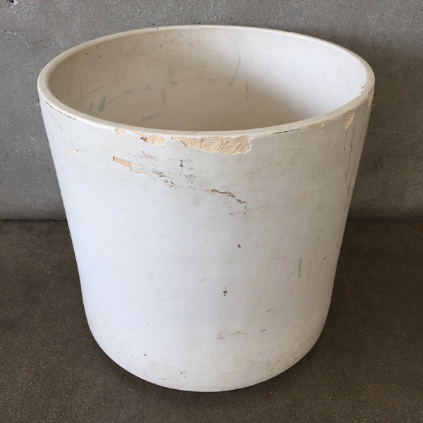 White Gainey Planter Pot AC 20