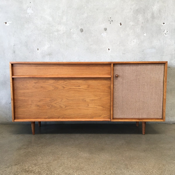 Mid Century Modern Early Milo Baughman For Glenn Of California Credenza