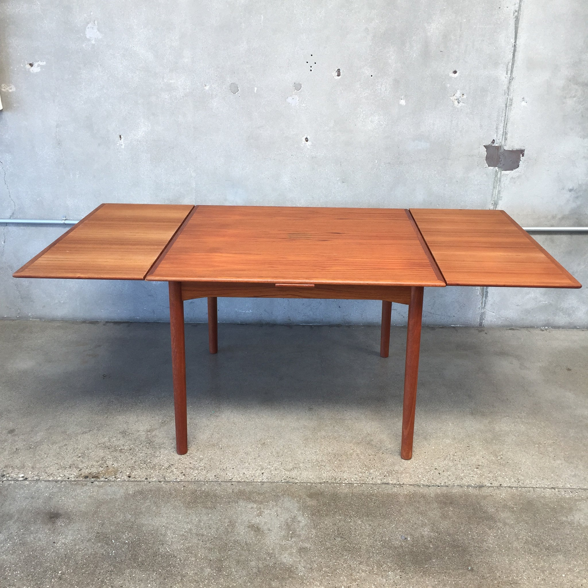 Table With Hidden Chairs Teak Dining Table With 4 Chairs And Hidden Leaves Urbanamericana