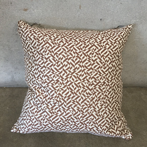Designer Pillow with Knoll Eclat Weave Fabric