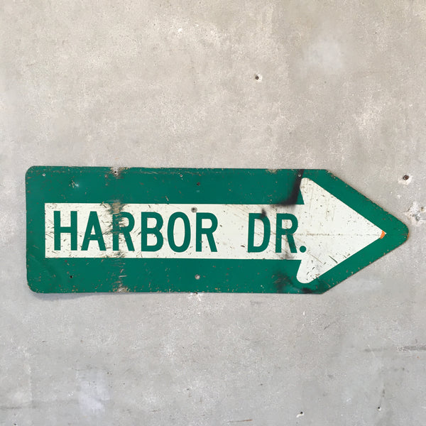 Vintage Harbor DR. Sign