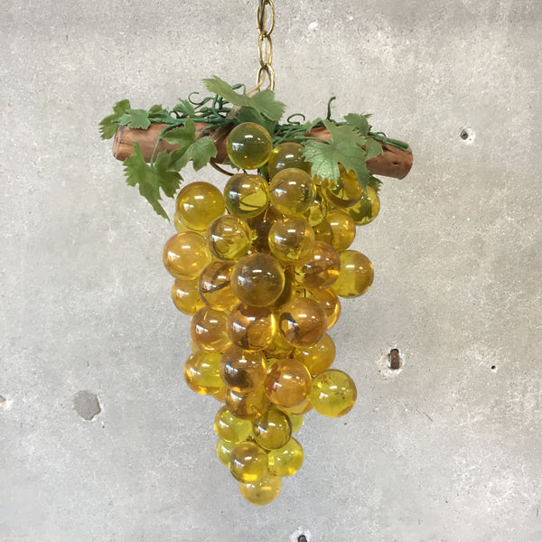 Vintage Grapes Lamp