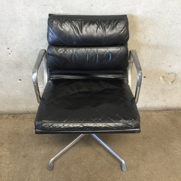 1976 Herman Miller Eames Aluminum Group Soft Pad Chair