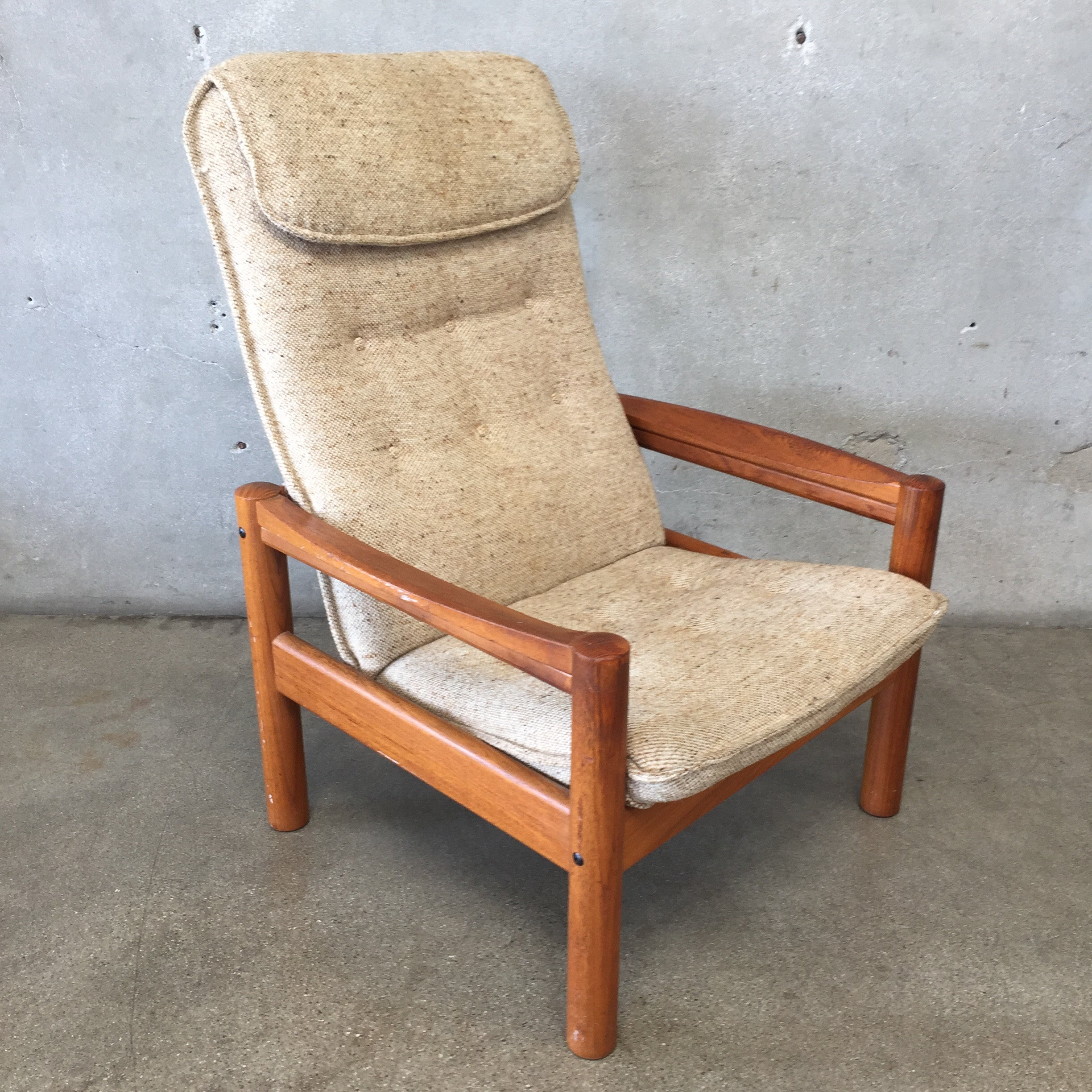 ... Mid Century Danish Domino Mobler Chair ...