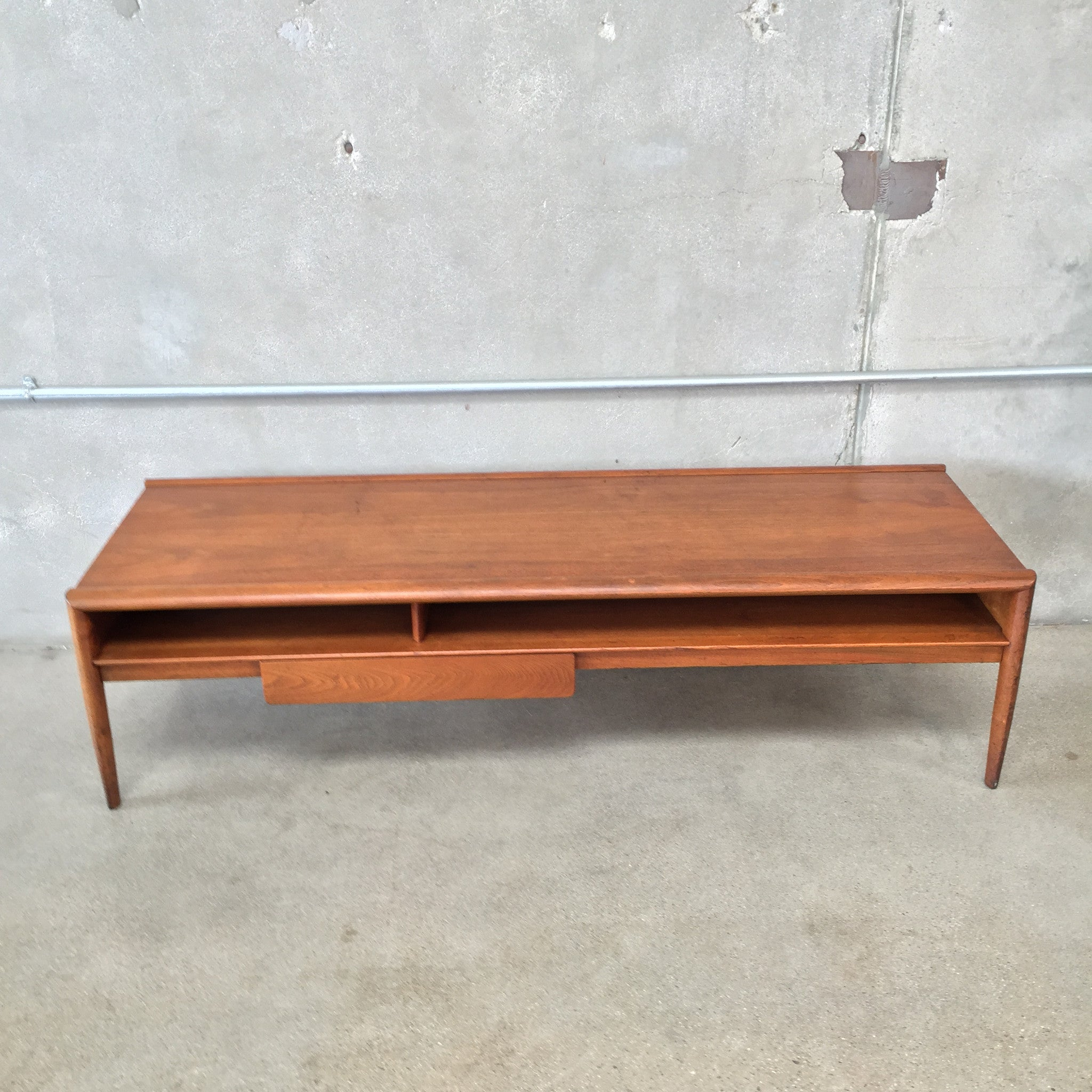 Drexel mid century coffee table with drawer urbanamericana drexel mid century coffee table with drawer geotapseo Choice Image