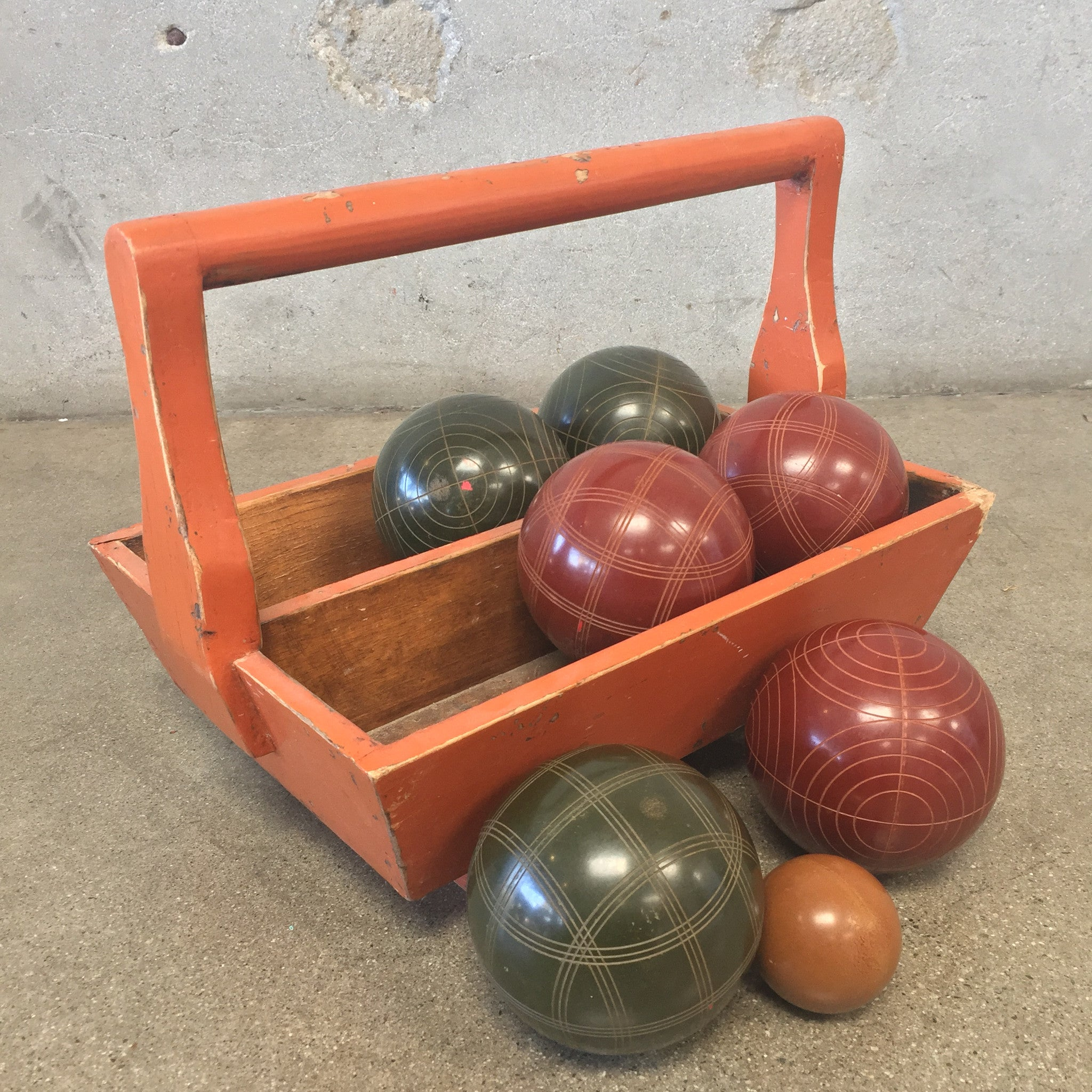 bocce ball set with wood carrier