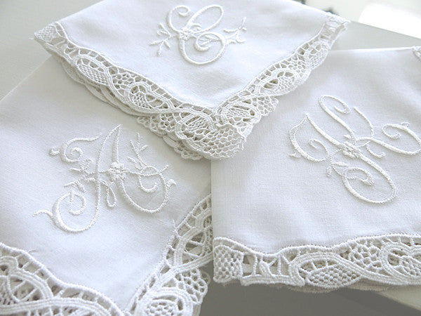 Handkerchief with Darling Decorative Font