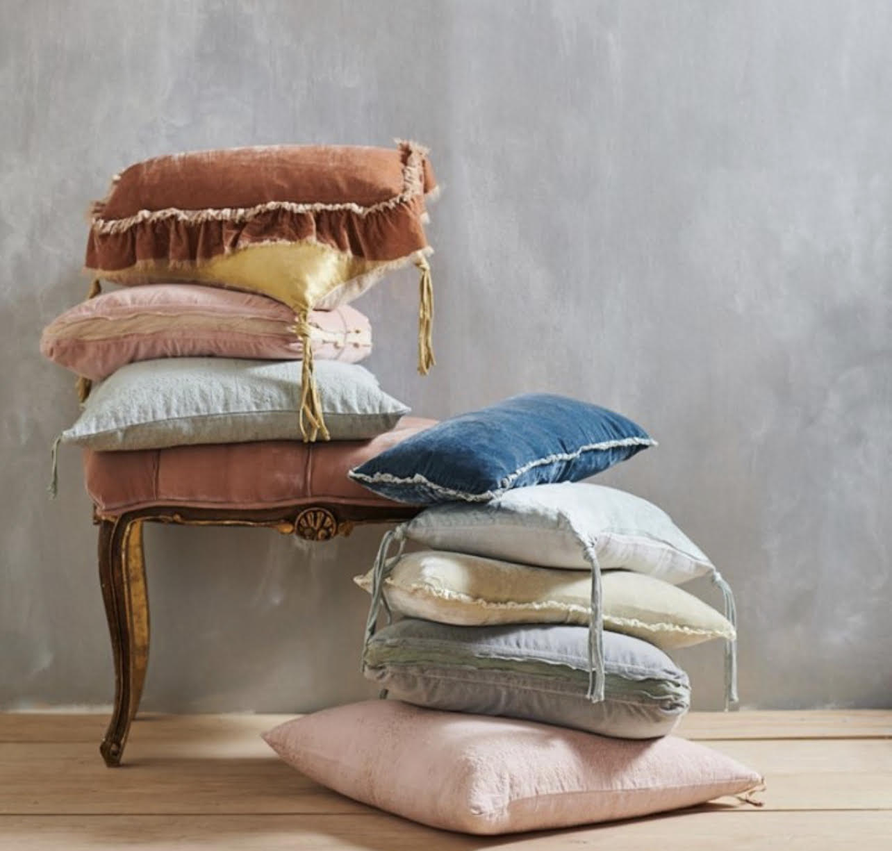 Bella Notte Luxury Linens, throw pillows and more available at La Farre Markt in Trussville, Alabama