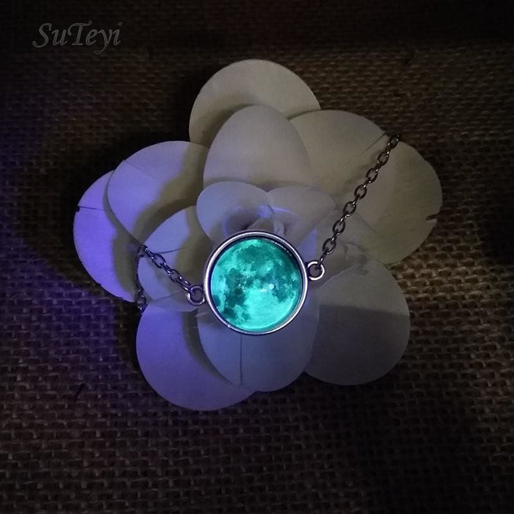 (Clearance) Glow In The Darkness Crystal Bracelet
