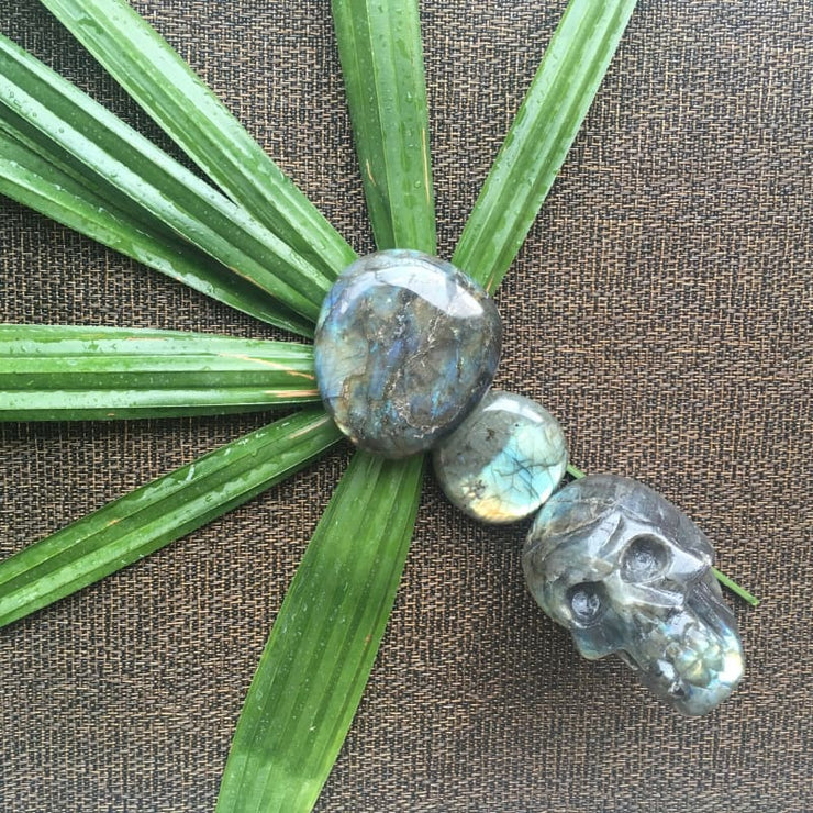 Labradorite (Spectralite Flash) Palm Stone