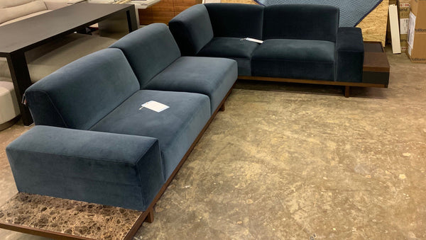 Wittmann Palais Sectional Sofa with IT Box Arm