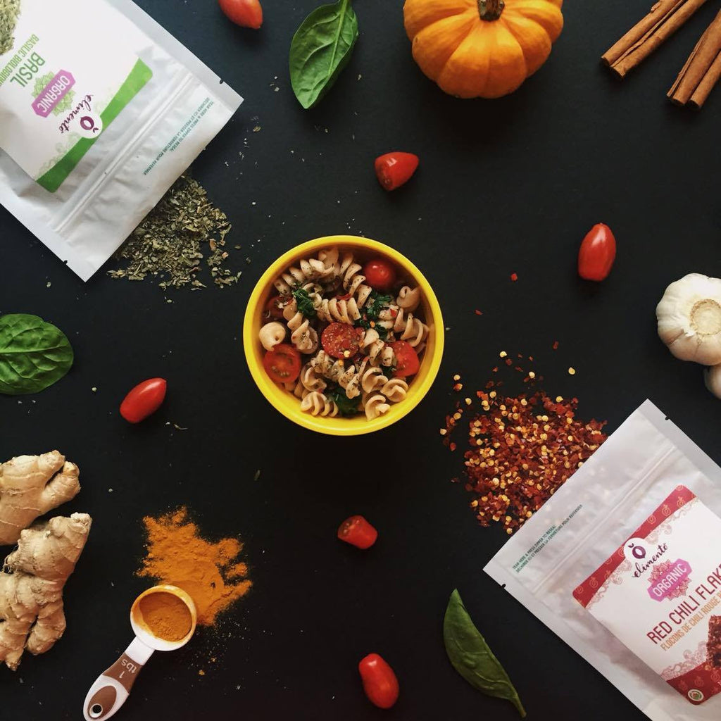 Elimento Organic Red Chili Flakes Lifestyle photo