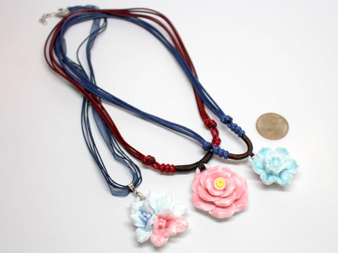 Hand-made Flower Necklace