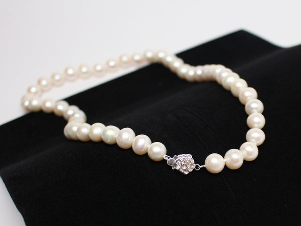 Stunning Authentic Pearl Necklace with .925 Silver Clasp