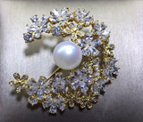 Elegant Handcrafted Genuine Pearl Crescent-moon Brooch