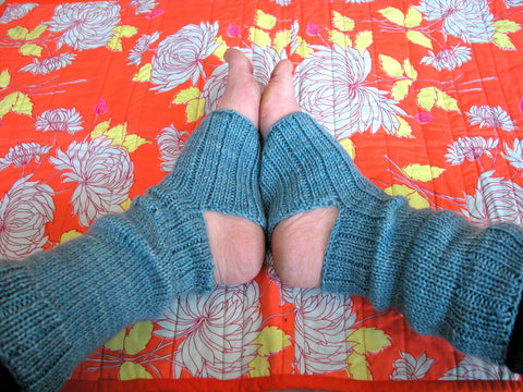 Yoga Socks or Fingerless Mitten Class