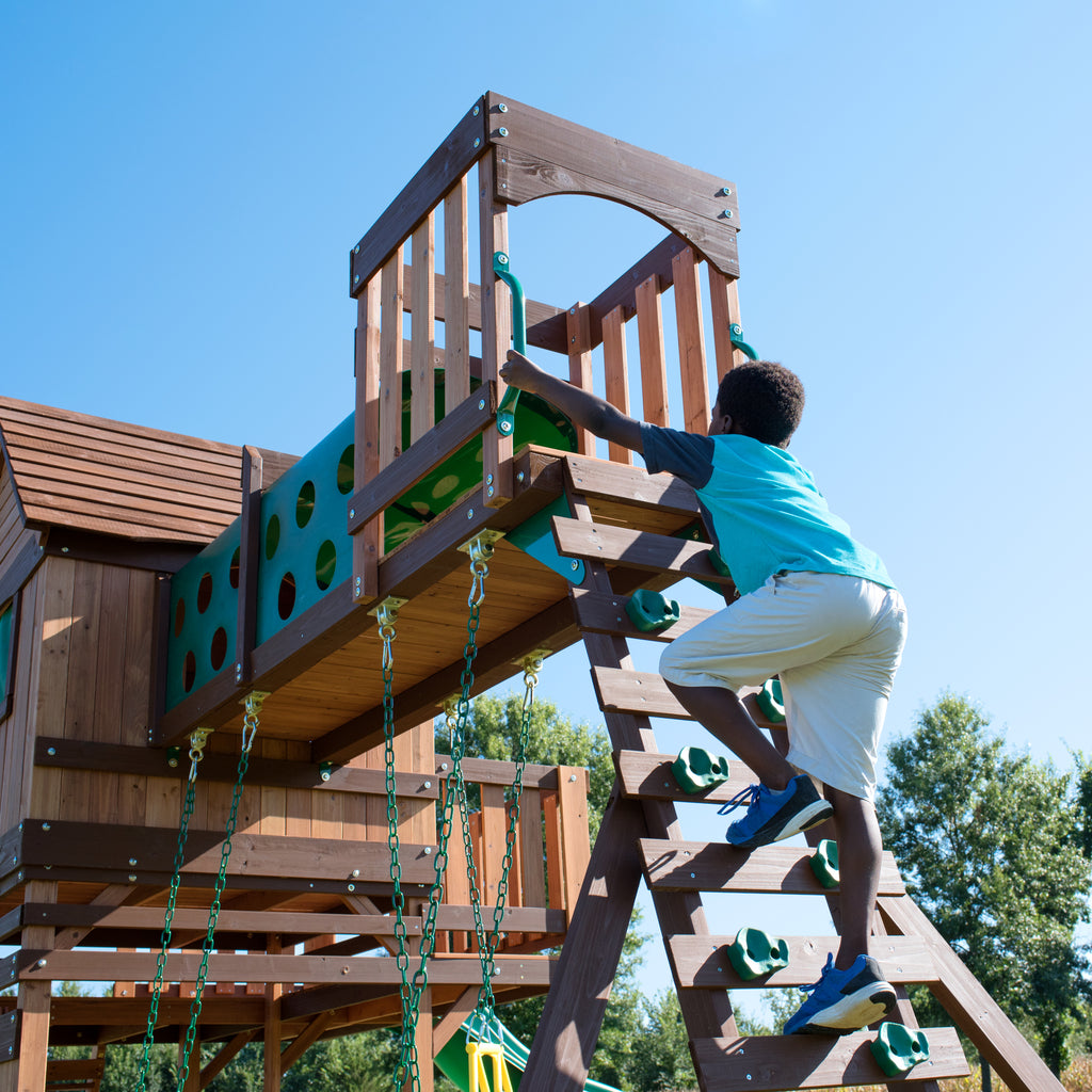 Woodridge Elite Wooden Swing Set Backyard Discovery