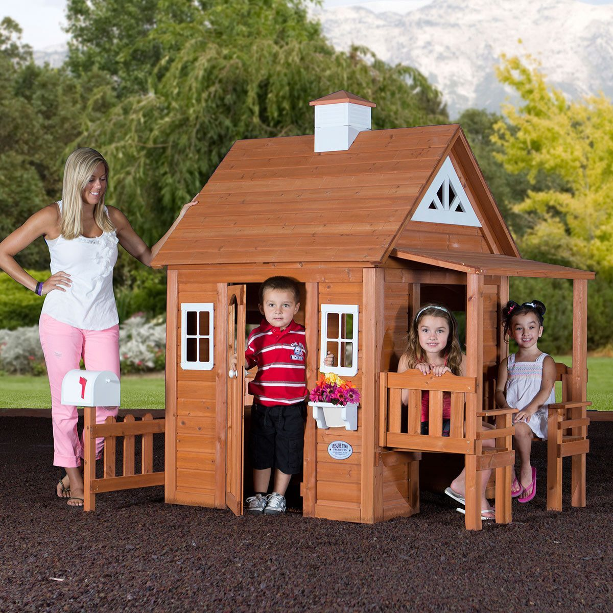 Backyard Discovery My Cedar Playhouse 28 Images Backyard Discovery Aspen All Cedar Wood