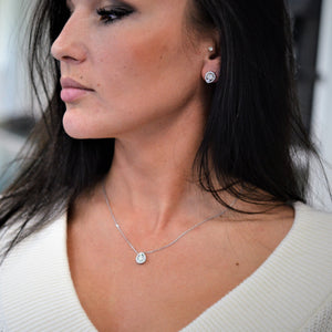 diamond tear drop necklace and earrings
