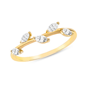 Pear shape diamond stack-able ring in yellow gold