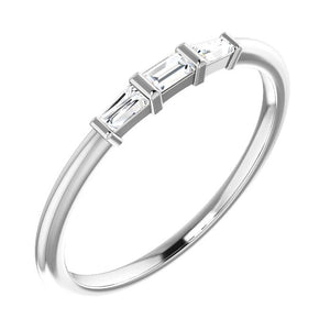 14k white baguette diamond ring