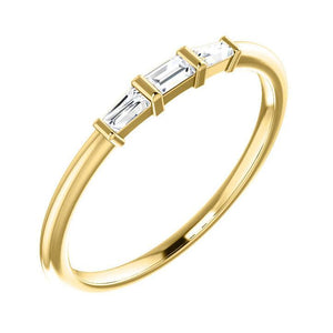 14k yellow baguette diamond ring