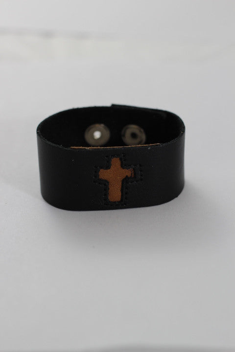 Mini Cross Cuff (2 Colors)