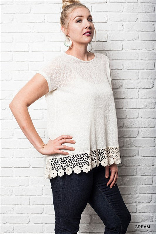 Cream Floral Trim Tee Plus