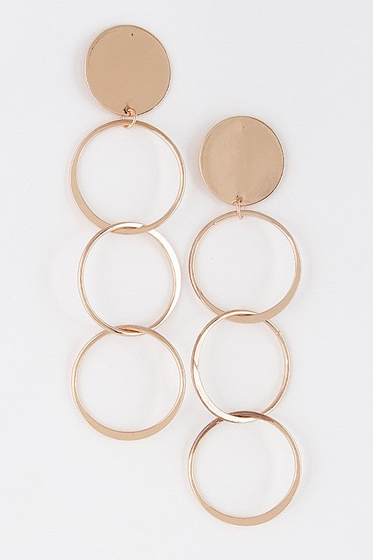 Overlapping Circle Metallic Earrings
